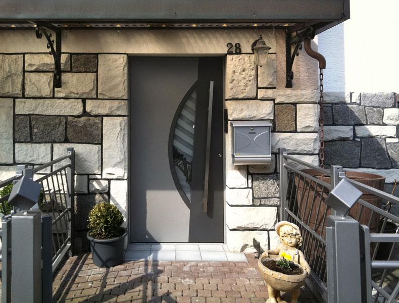 porte d 39 entr e kompotherm moderne. Black Bedroom Furniture Sets. Home Design Ideas
